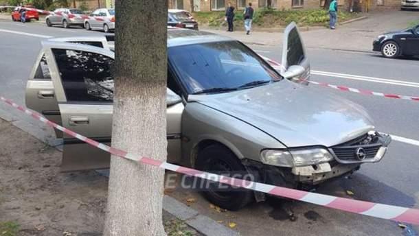 Мужчин расстреляли на столичной Лукьяновке