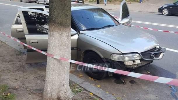 Обстрел авто в Киеве: видео