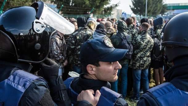 Правоохранители при попытке Саакашвили попасть в Украину