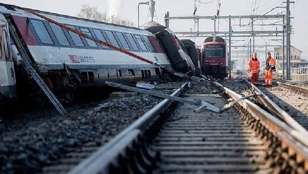 Столкновение поездов