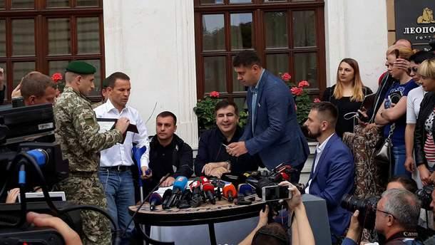 Адвокат Саакашвили рассказал, по какой статье обвиняют политика и какое наказание ему грозит