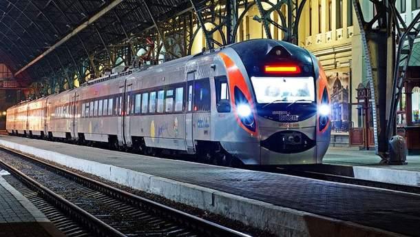 """""""Укрзализныця"""" запустит два новых поезда в Европу"""