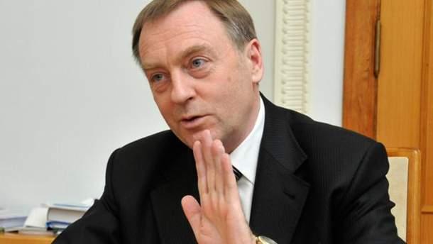 Суд может арестовать имущество Лавриновича