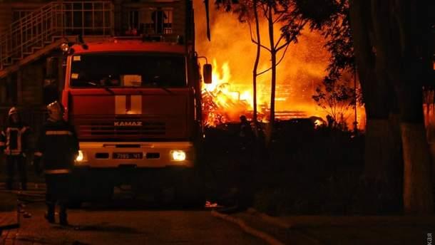 """Пожар в детском лагере """"Виктория"""" в Одессе"""