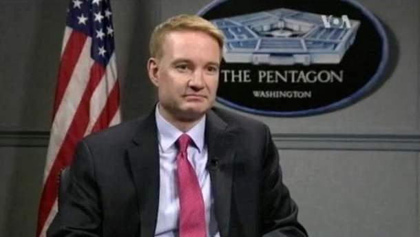 Экс-чиновник Пентагона дал три