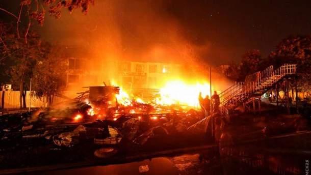 Видео с ликвидации пожара в детском лагере