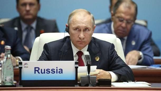 Порошенко: Росія застрягла у 18 столітті