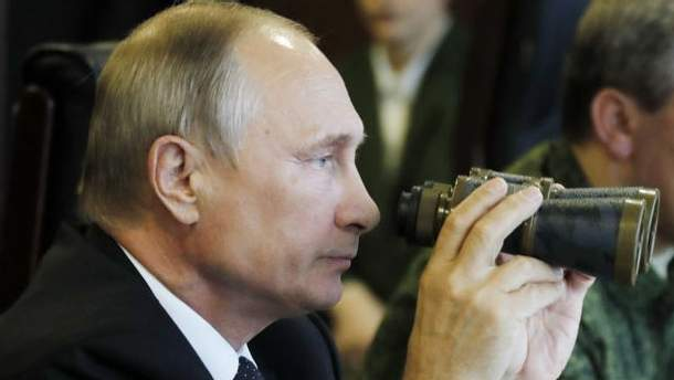 Карикатурист висміяв реформи, які готують у Путіна до майбутніх виборів