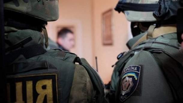 Силовики проводили обыски в мэрии Полтавы