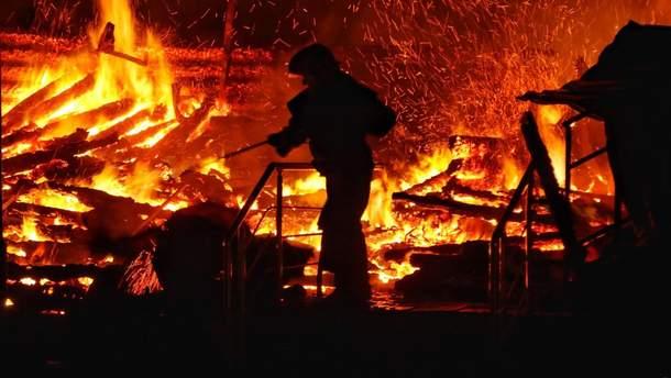 Пожар в лагере