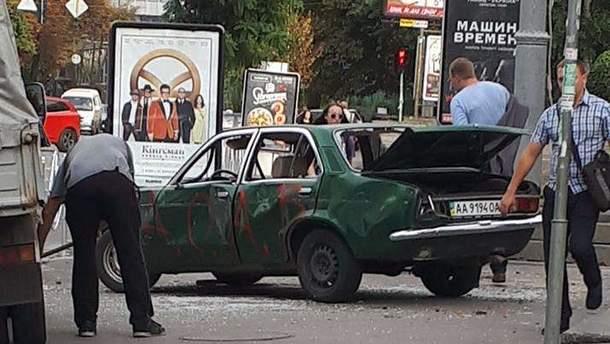Троща авто в центре Киева состоялась в рамках Фестиваля молодых украинских художников