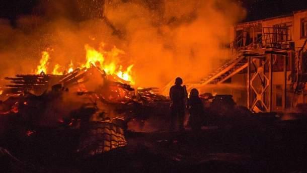 """Пожежа у дитячому таборі """"Вікторія"""" в Одесі"""