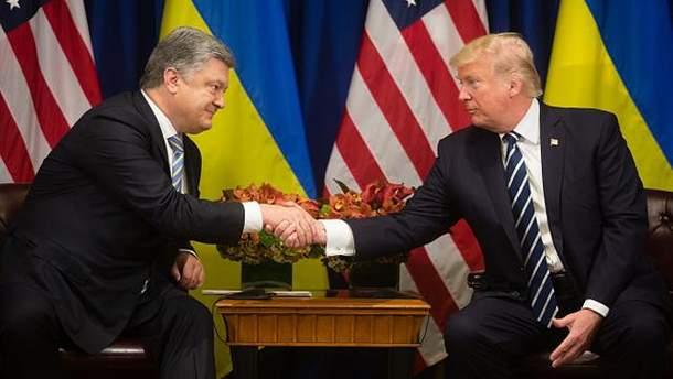 Трамп закликав Порошенка продовжити боротися із корупцією