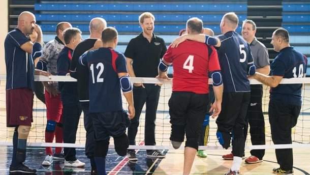 Принц Гарри посетил тренировку сборной Украины на