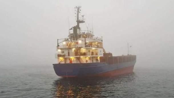 Судно з нетверезим російським екіпажем сіло на мілину у Швеції