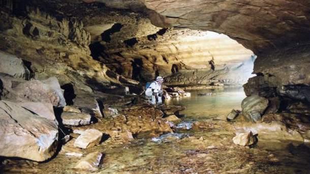 Студента забули в печері Салліван на три дні