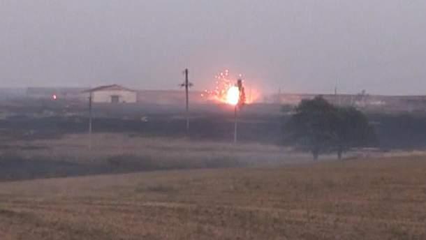 Взрывы на складах боеприпасов вблизи Мариуполя