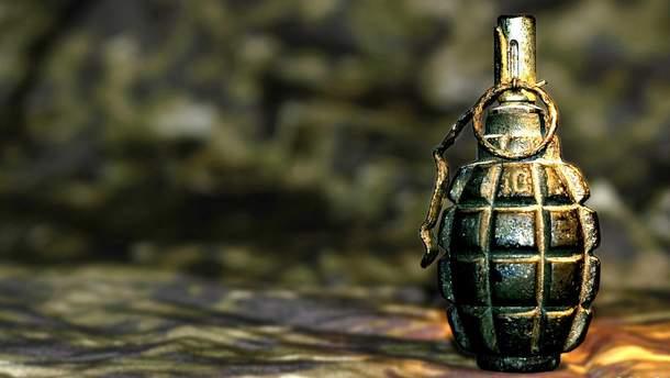 Погибший находился вне службы, однако имел  с собой гранату