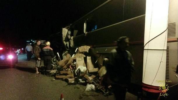 В России автобус с паломниками столкнулся с грузовиком