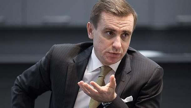 Елисеев заявил, что получение Украиной оружия от США не исключает возможности введения миротворцев ООН на Донбасс