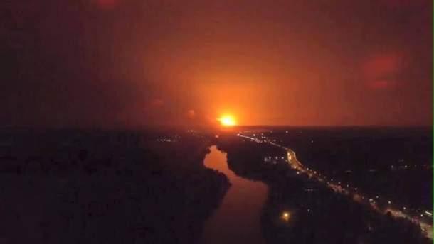 Взрывы на складах в Винницкой было видно из белорусского самолета
