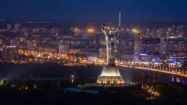 В Киеве во вторник вечером также слышали звуки взрывов