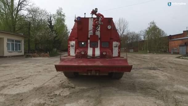 Для ликвидации пожара в Калиновке передали пожарный танк