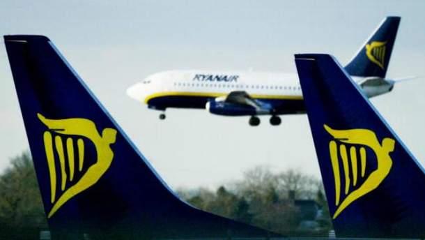 Ryanair знову скасовує десятки рейсів