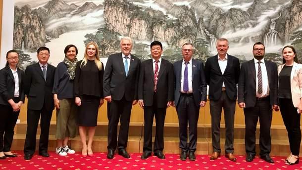 Члены Национального совета обсудили сотрудничество с китайскими коллегами
