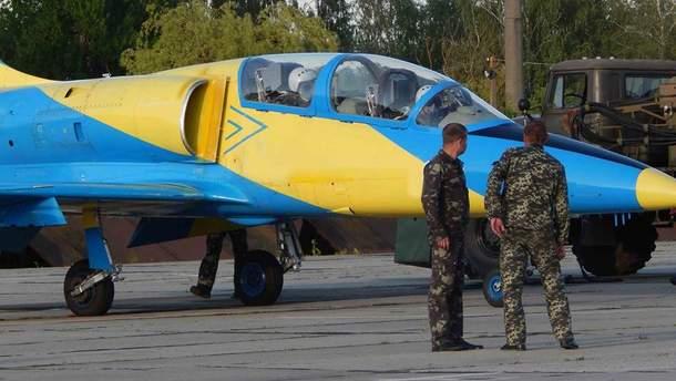В авиакатастрофе в Хмельницкой области погибли Сергей Бородаченко и Михаил Ткаченко (иллюстрация)