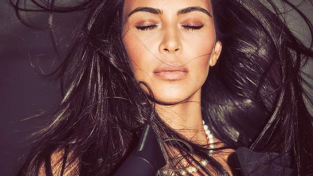 Ким Кардашян соблазнительно обнажилась для Vogue Mexico: фото