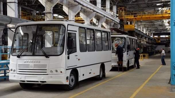 """""""Когда анекдот стал реальностью"""": из """"ЛНДР"""" запустили международные автобусные рейсы"""