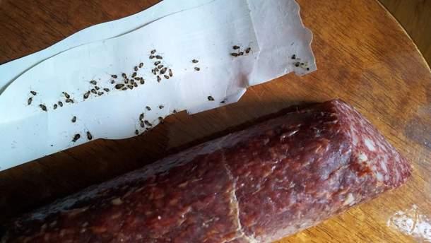 В окупований Крим привезли ковбасу з жахливими