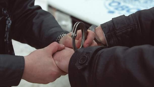 У Дніпрі патрульний поліцейський зламав руку затриманому