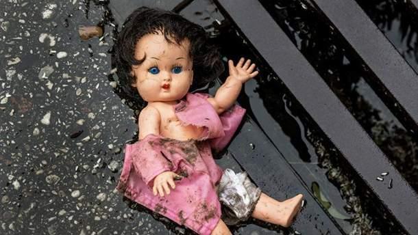 Изнасиловали 3-летнюю девочку