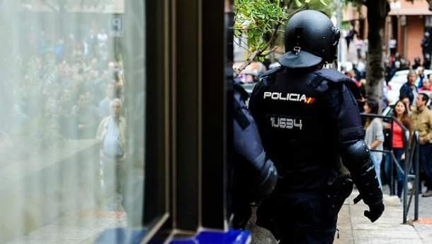 Референдум в Каталонии: МВД Испании сообщает о большом количестве пострадавших правоохранителей