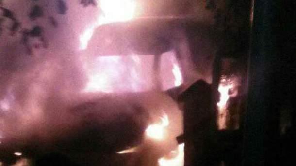 Сім'ї спалили машину
