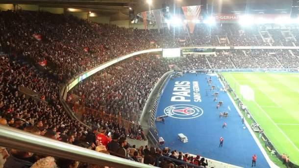 """Стадіон """"Парк де Пренс"""" вмішує 48 тисяч глядачів"""