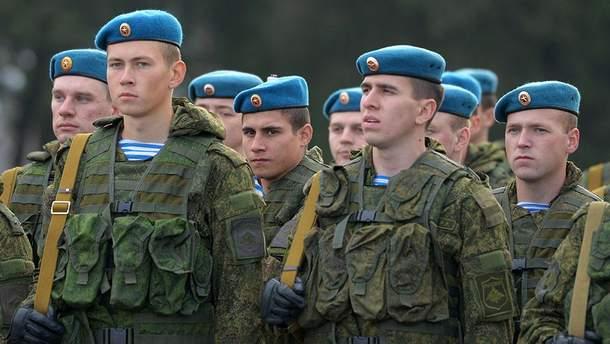 У Білорусі перебувають десантники з Росії