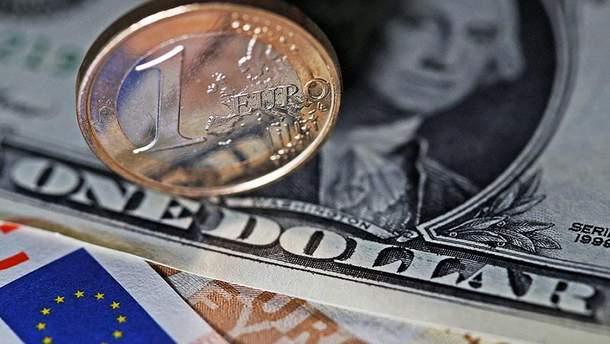Наличный курс валют 4 октября в Украине