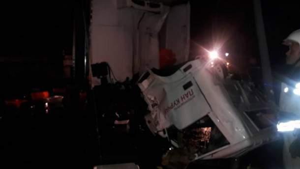 Ночное ДТП произошло на трассе Киев – Чоп