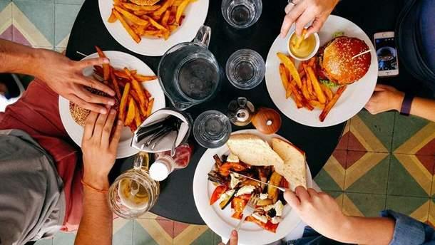 Чому ми переїдаємо?
