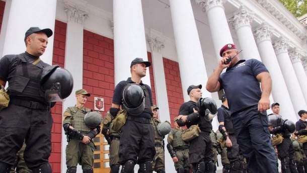 В Одеській міськраді тривають обшуки