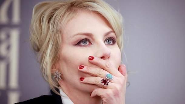 Рената Литвинова спростувала одруження із Земфірою