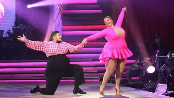 """""""Танці з зірками 2017"""" 7 випуск: які циркові трюки показали зіркові танцюристи"""