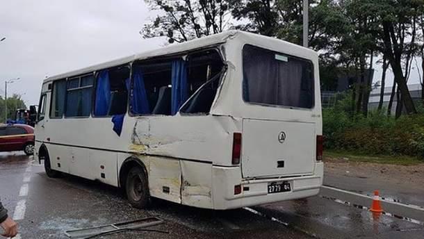 Автобус, перевозивший нацгвардийцев, после смертельного ДТП
