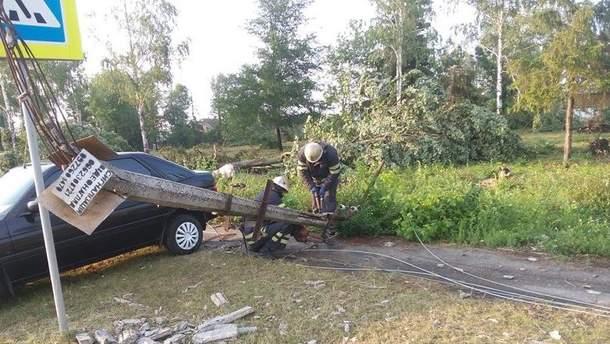 Нічний буревій 6 жовтня пошкодив електропостачання у 7 областях