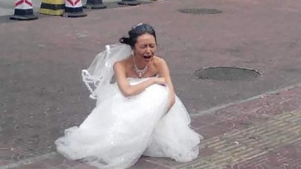 Жених отомстил невесте за измену во время их свадьбы