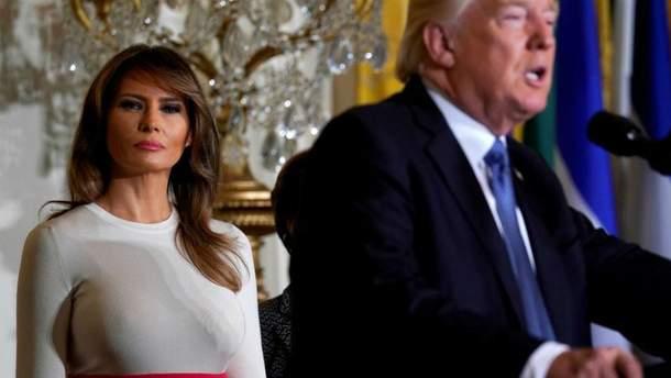 Меланія Трамп збентежила надто відвертим образом на благодійному вечорі