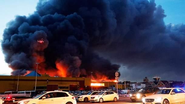 Пожежа у торговому центрі